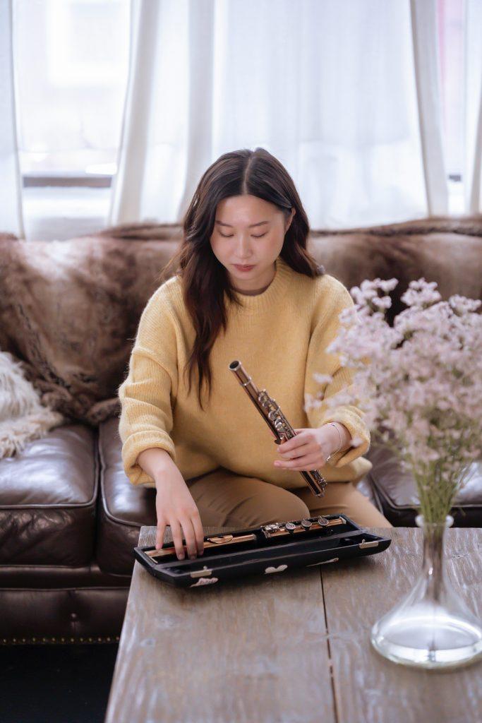 Avec quels produits nettoyer un canapé club en cuir vieilli ?